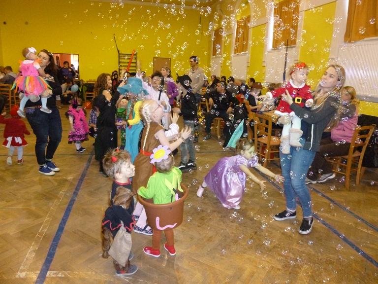 OBRÁZEK : karneval__1_.jpg