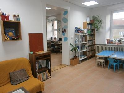 OBRÁZEK : knihovna_v_novem_3.jpg